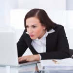 日本企業のメールにCCが多いのはなぜ?